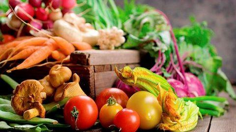 Farmers-market-Basket-FP-4552417[1]